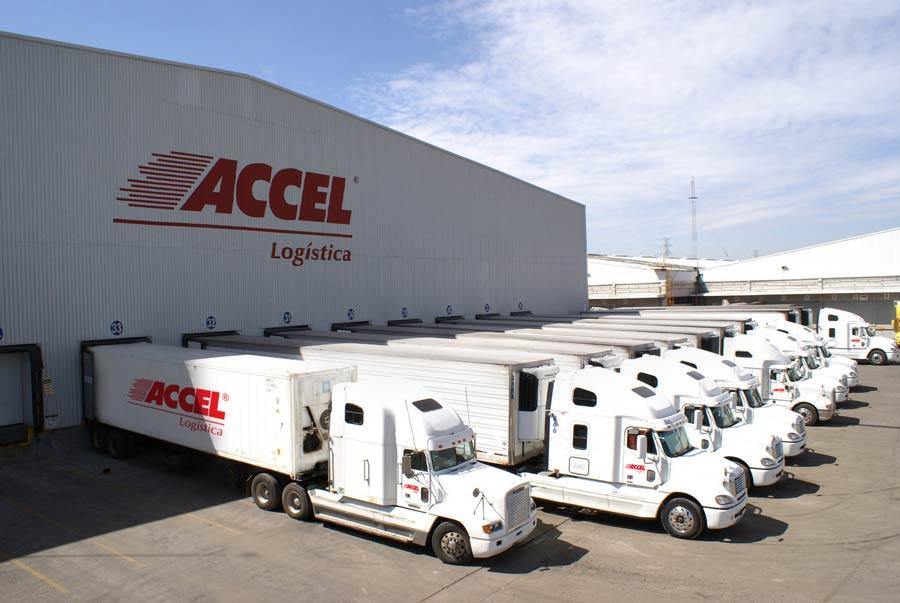 Camiones para Trasnporte Accel Logística